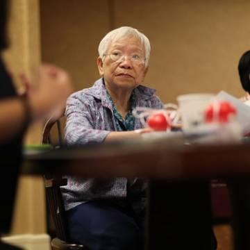 Trung Quốc tìm cách 'khai thác người già'