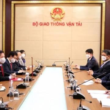 Hàn Quốc đề nghị Việt Nam công nhận giấy phép lái xe quốc tế giữa 2 nước