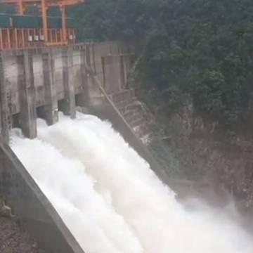 Bộ Công Thương đề nghị tạm dừng xây mới thuỷ điện nhỏ