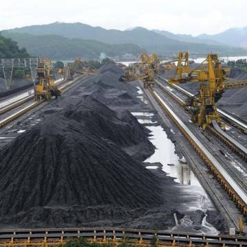 Đề nghị cho xuất khẩu hơn 1,5 triệu tấn than
