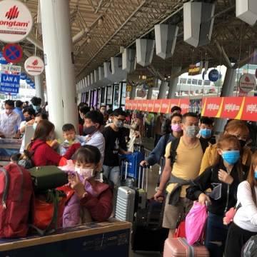 Hỏa tốc yêu cầu các hãng bay đổi vé, hoàn vé cho khách