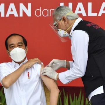 Indonesia bắt buộc người dân tiêm vắc xin Covid-19