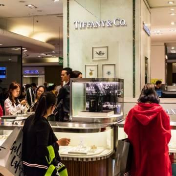 Du học sinh Trung Quốc định hình thị trường hàng xa xỉ phương Tây