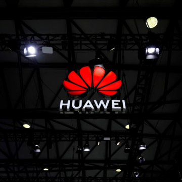 Huawei bị tố nghe lén điện thoại ở Hà Lan
