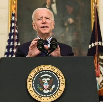 Tổng thống Biden bị hàng chục bang khởi kiện