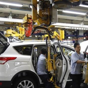 Thiếu hụt chip cản đà phục hồi của ngành ô tô Trung Quốc