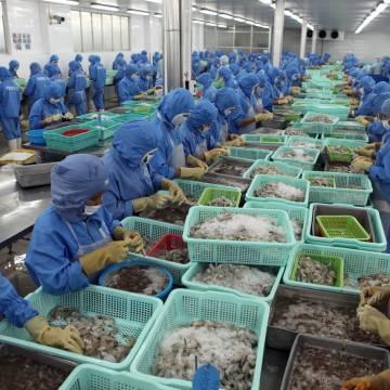 Quý 1, Việt Nam nhập siêu từ Lào gần 20 triệu USD