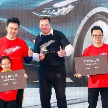 Tesla bắt đầu 'nếm vị đắng' ở thị trường Trung Quốc