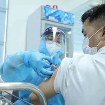 88% doanh nghiệp Mỹ tại Việt Nam sẵn sàng trả tiền mua vắc xin Covid-19