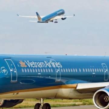 Vietnam Airlines dự kiến lỗ 10.000 tỷ 6 tháng đầu năm, bên bờ vực phá sản