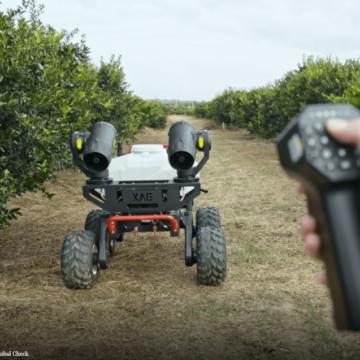 Robot hỗ trợ canh tác nông nghiệp