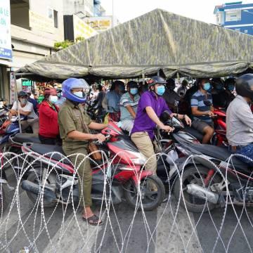 TP.HCM: Sở Y tế đề xuất giãn cách xã hội toàn thành phố thêm 14 ngày