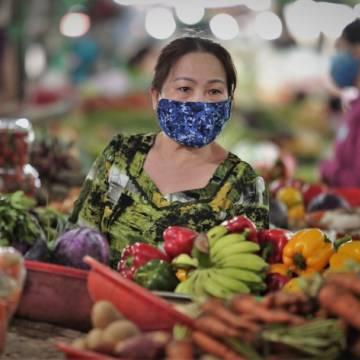 TP.HCM: Giá nhiều mặt hàng thiết yếu tăng vọt giữa cao điểm chống dịch