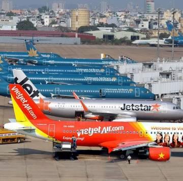 Doanh thu giảm 90%, hãng bay lại xin vay vốn, hoãn trả nợ