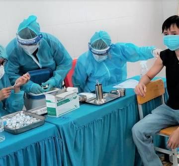TP.HCM: Hơn 90% dân số trên 18 tuổi đã tiêm mũi 1 vắc xin Covid-19