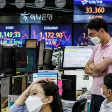 Ngân sách thâm thủng, Asean đương đầu với nguy cơ bán tháo tiền tệ
