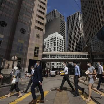Hong Kong có nguy cơ bị 'bỏ lại phía sau' vì chiến lược Zero Covid