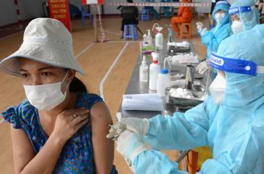 TP.HCM đã tiêm hơn 9 liệu liều vắc xin Covid-19, cân nhắc tiêm cho trẻ em